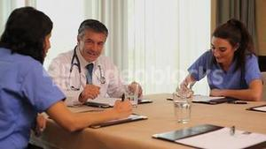 Video of meeting doctor with nurses