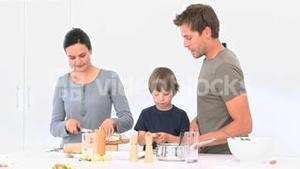 Family cooking totgether