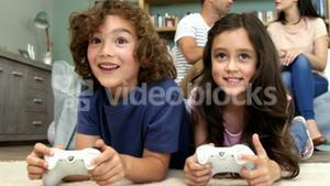 Children are playing video games