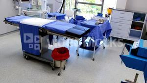 Equipment, tools and medical devices in modern operating room
