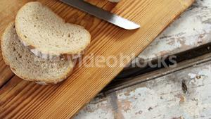 Slices of bread with knife